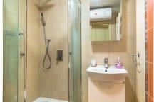 Лукс 1BD Suite, ограничен достъп, Best Area 19 FlatAway